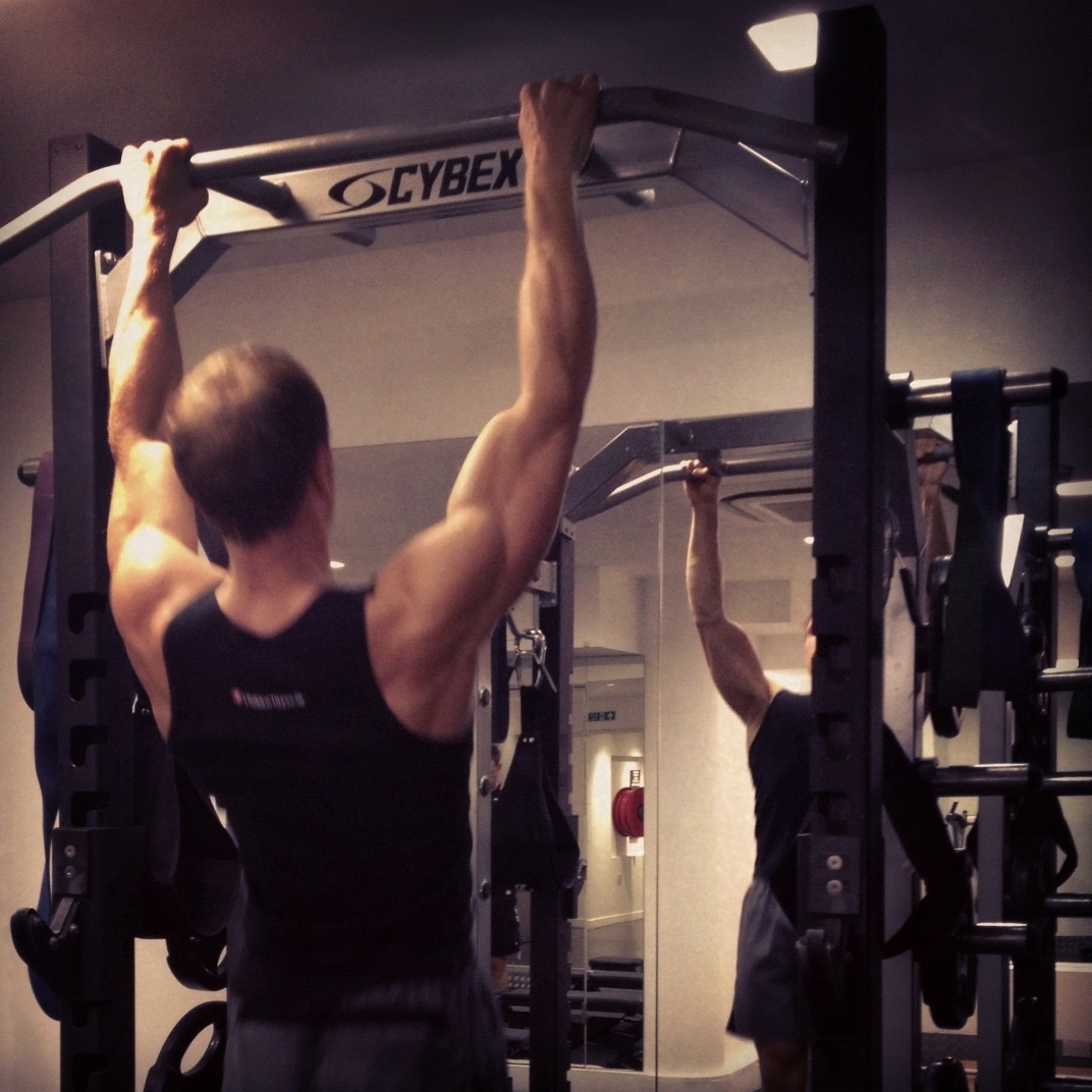 Sean Lerwill performing pull-ups